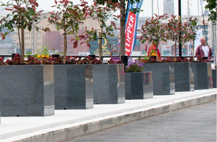 Granite Street & Park Planters
