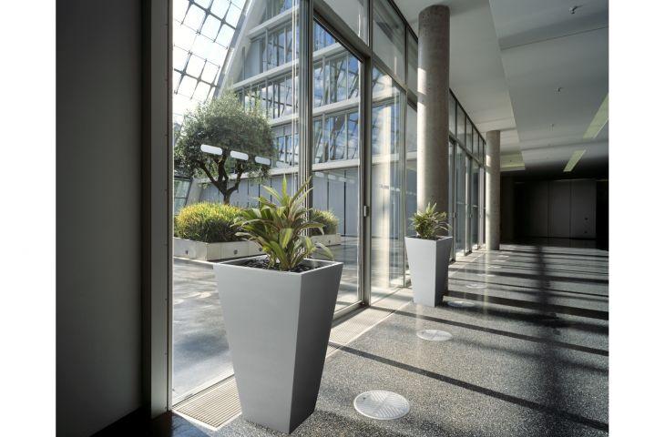 Aluminium Tall Taper planters H 850mm x Width (at top) 500mm