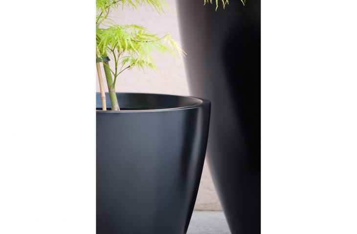 GRP planters can have an extremely refined standard of surface finish