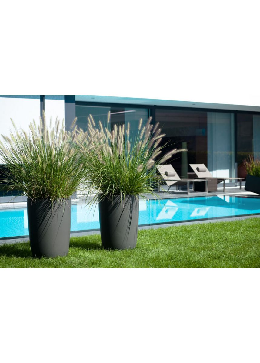 Tall round planters
