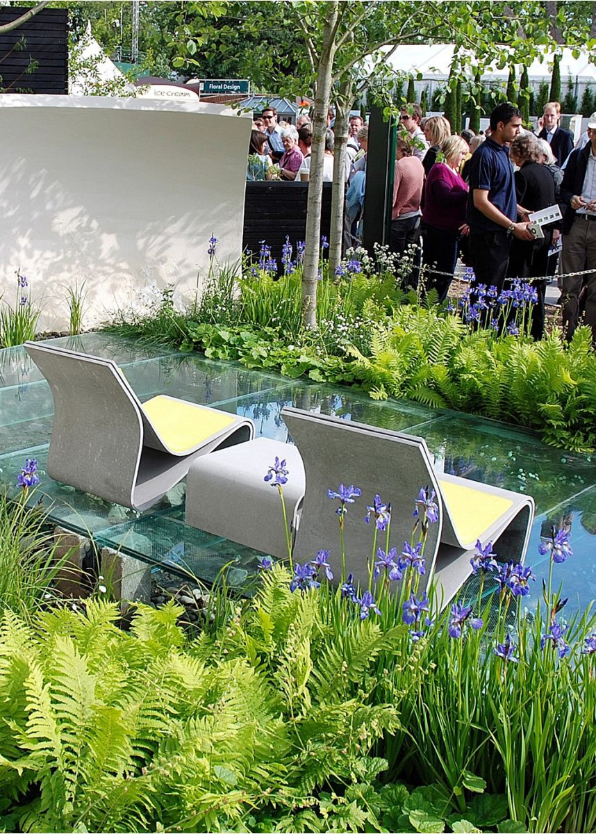 Sponeck at the Chelsea flower show 2009