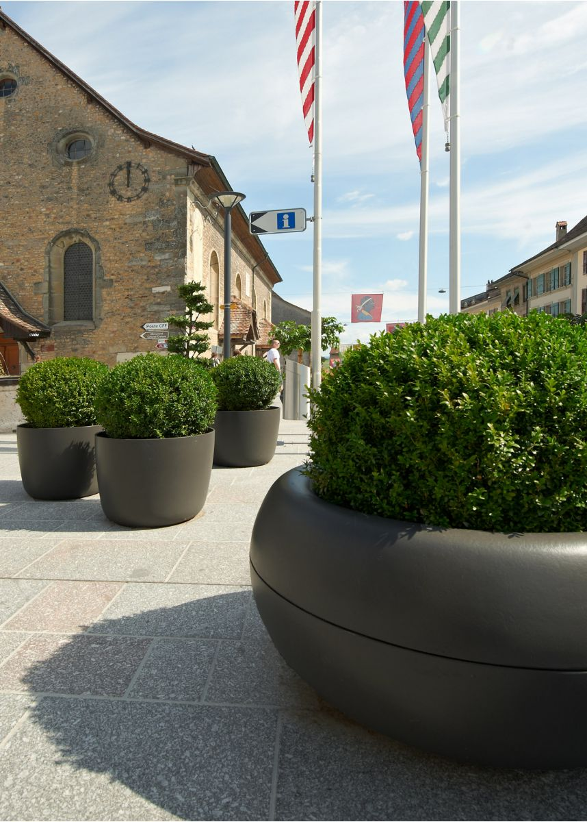 Aladin rounded FRC planters