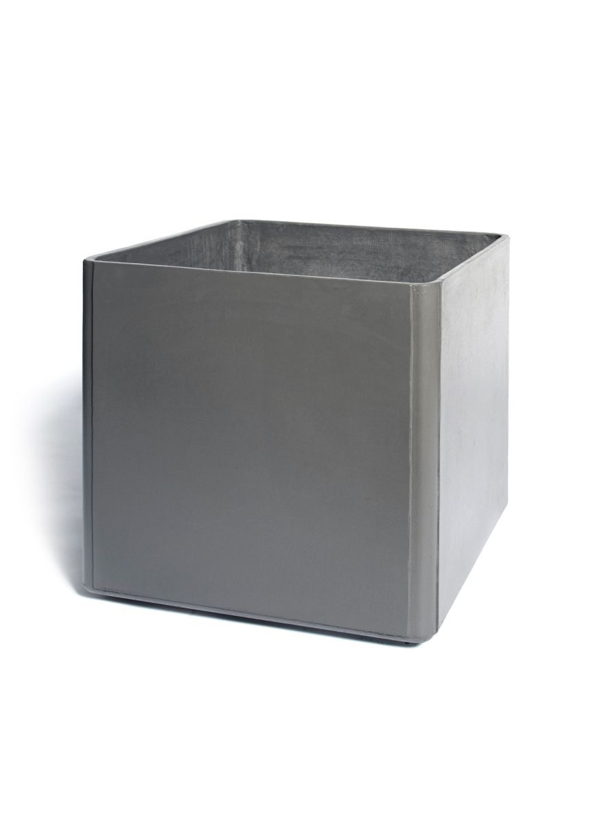 Low profile square planters