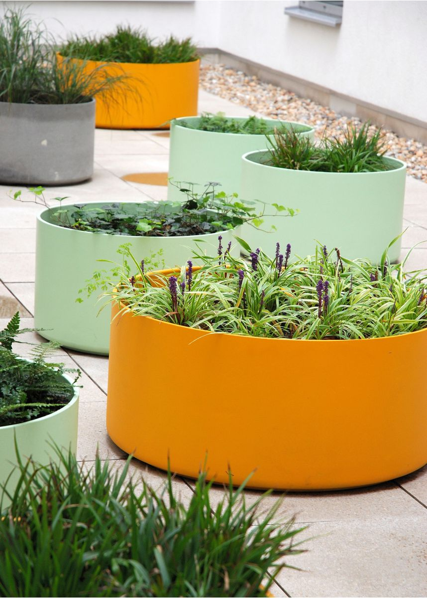 Coloured FRC round plant pots