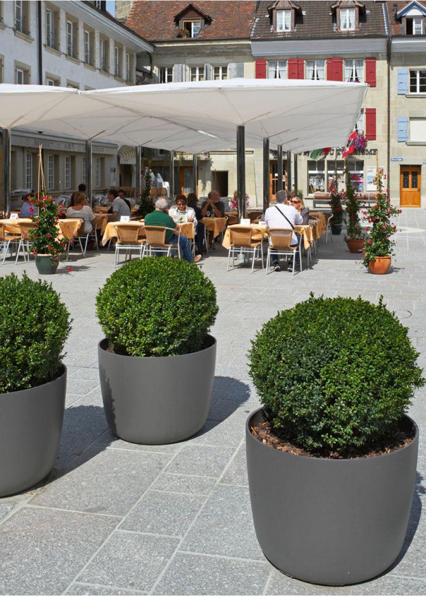 Huge lightweight round plant pots