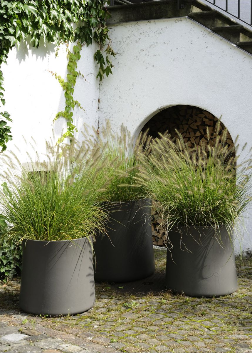 FRC Sushi plant pots 70 litre and 180 litre