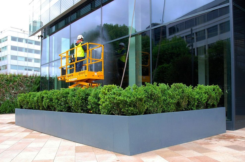 Bespoke steel planters for London offices