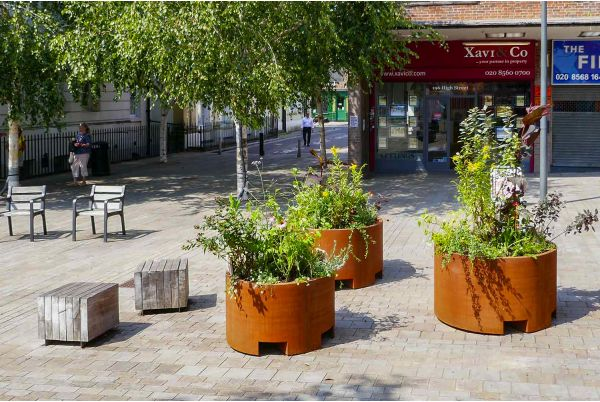 Community planting project in Brentford Market Square