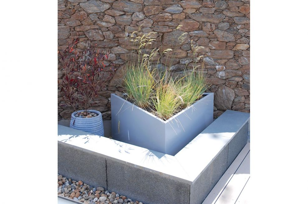 Steel Triangular Planters With White Aluminium Finish