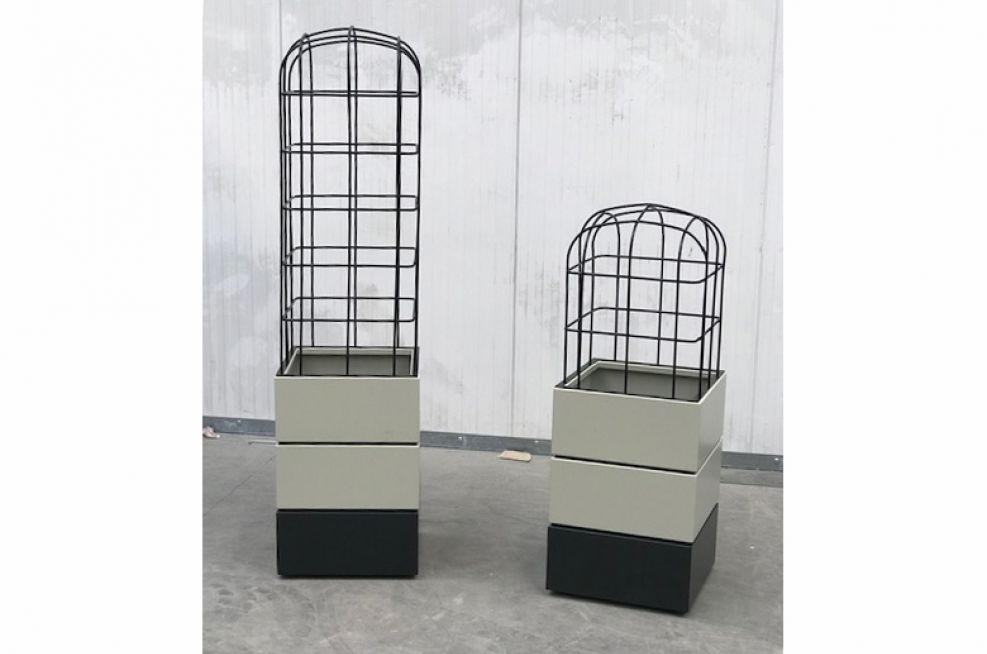 Square planters with small and large birdcage top