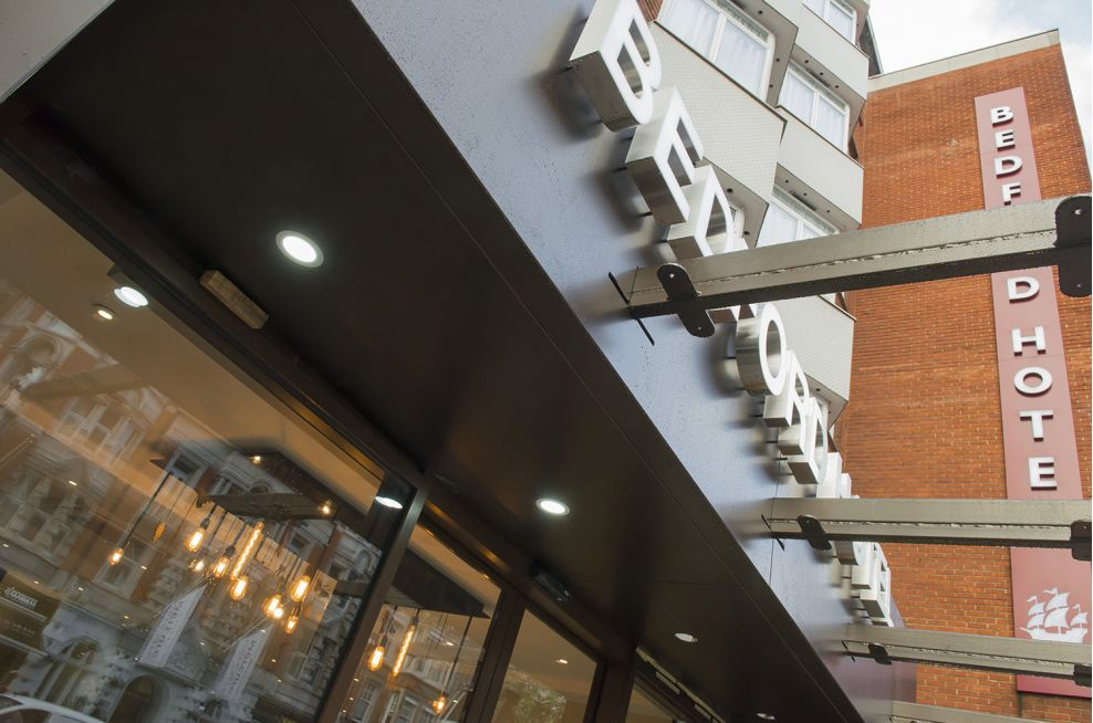 architectural_metalwork_urban_cityscape