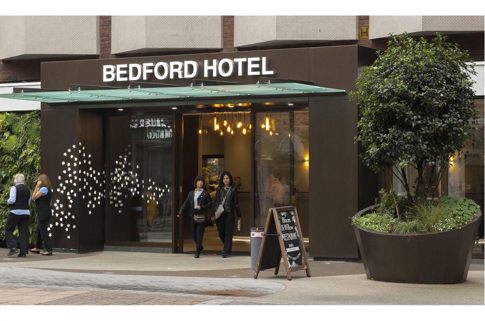 hotel_frontage_manufacturer_bedford_hotel