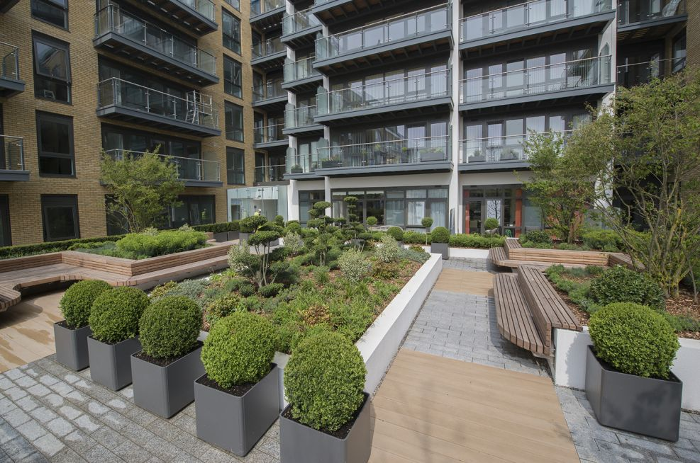 Planters For Berkeley Homes Kew Bridge Development