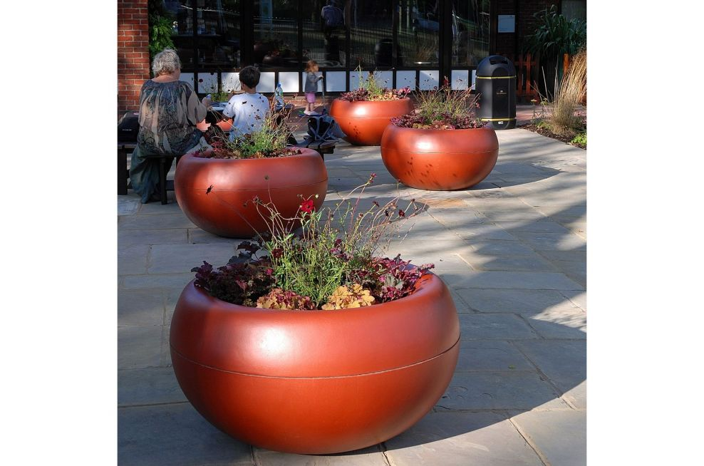 Custom Colour Boulevard planters