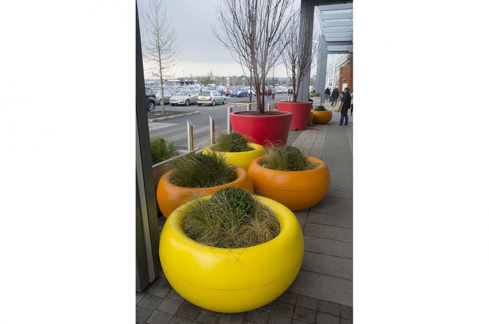 400 Litre Boulevard Planters