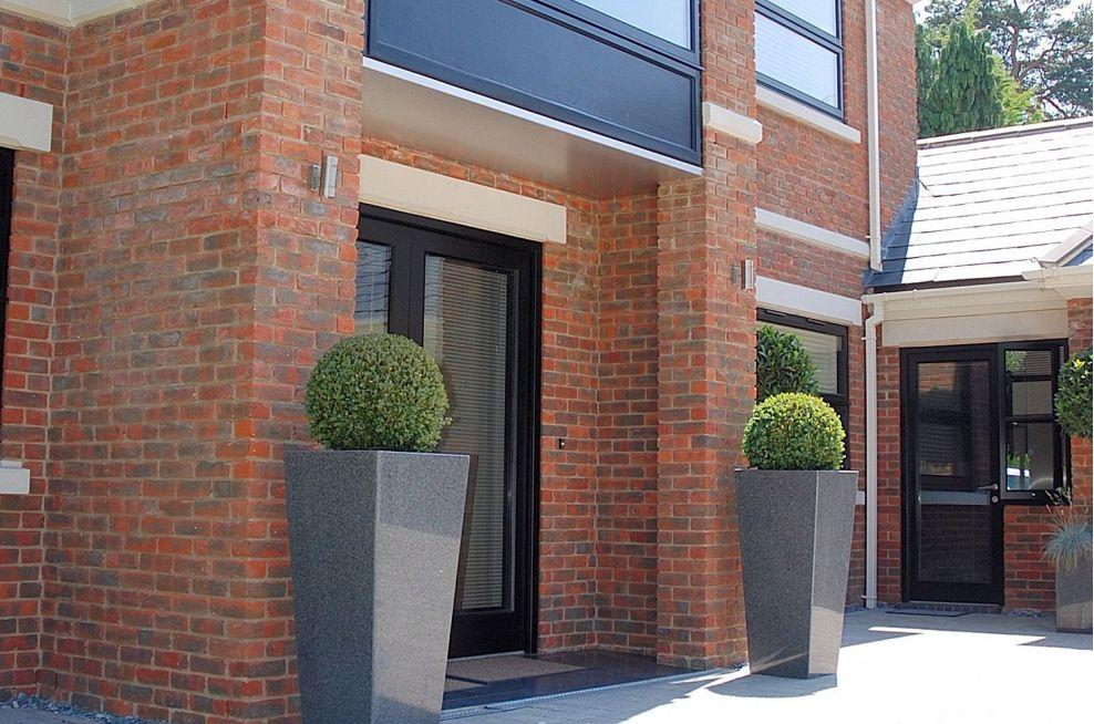 Granite Taper 1100 Outdoor Decorative Planters