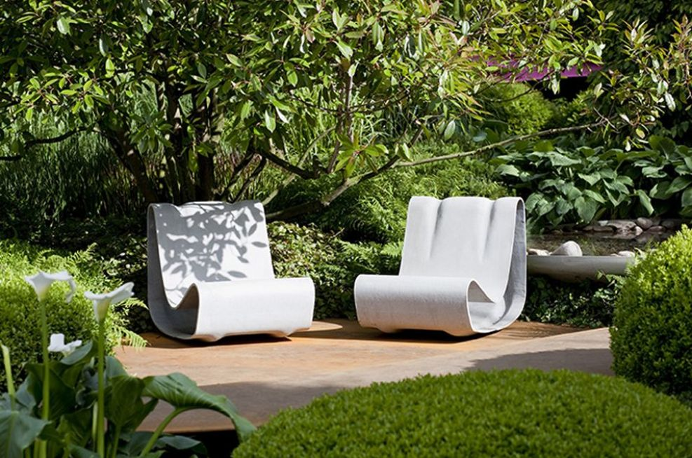 Chelsea Flower Show 2011,Loop Chair in The Irish Sky Garden