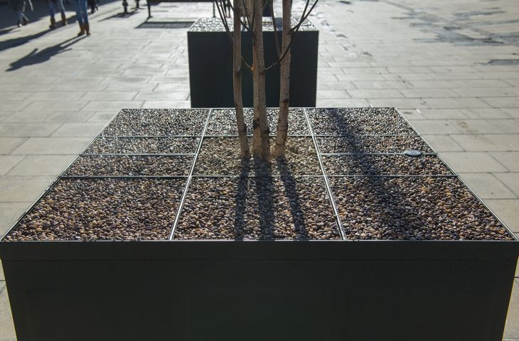 Separate tree planter lid, including removable resin-bound gravel infills