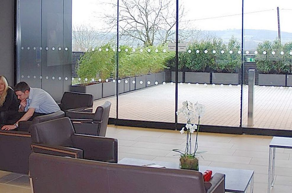 The Patio Area at Circle Bath Private Hospital