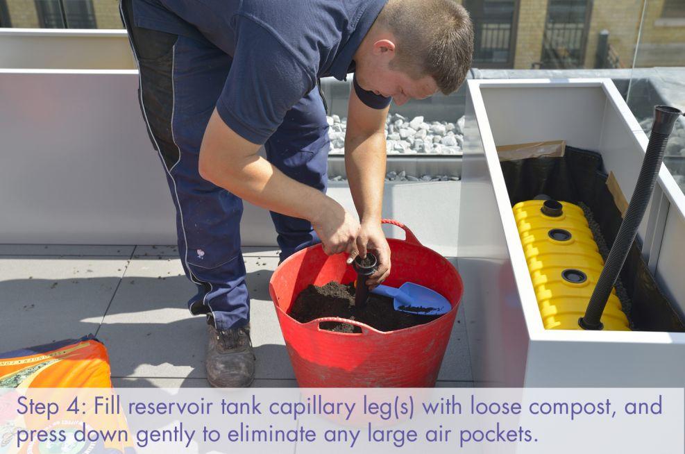 Filling reservoir tank capillary legs
