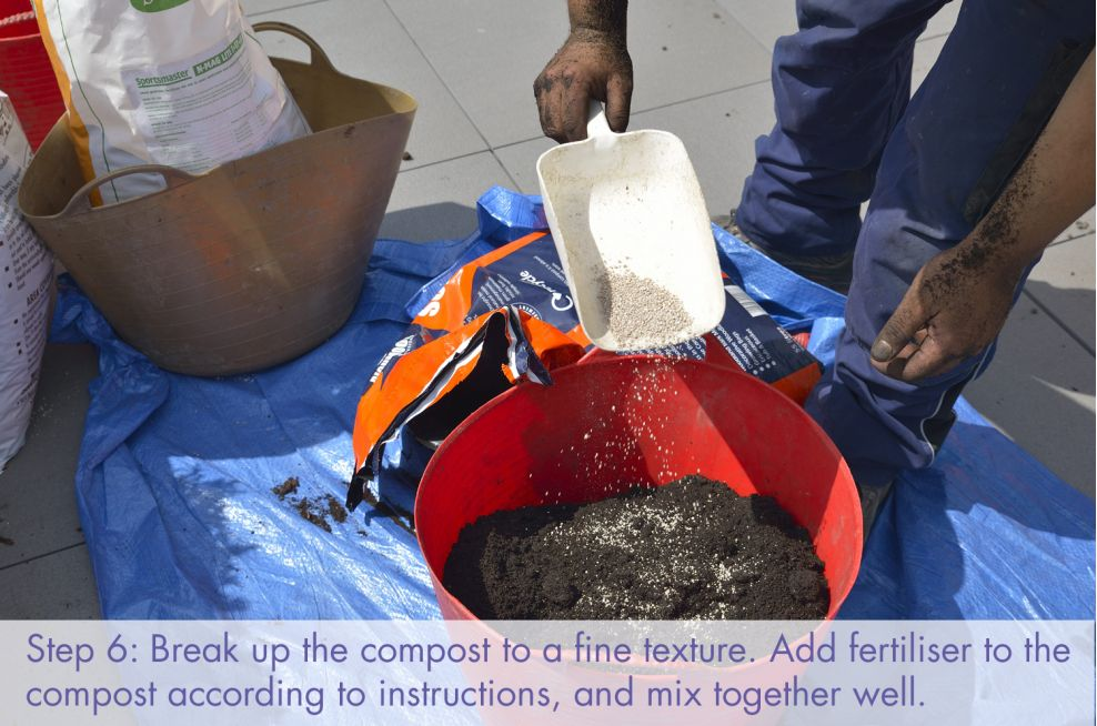 Add fertiliser to the compost and mix well