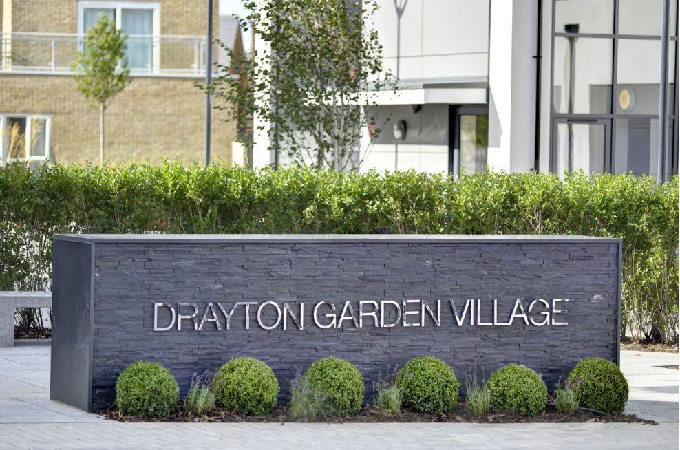 Drayton Garden Village Granite Planters