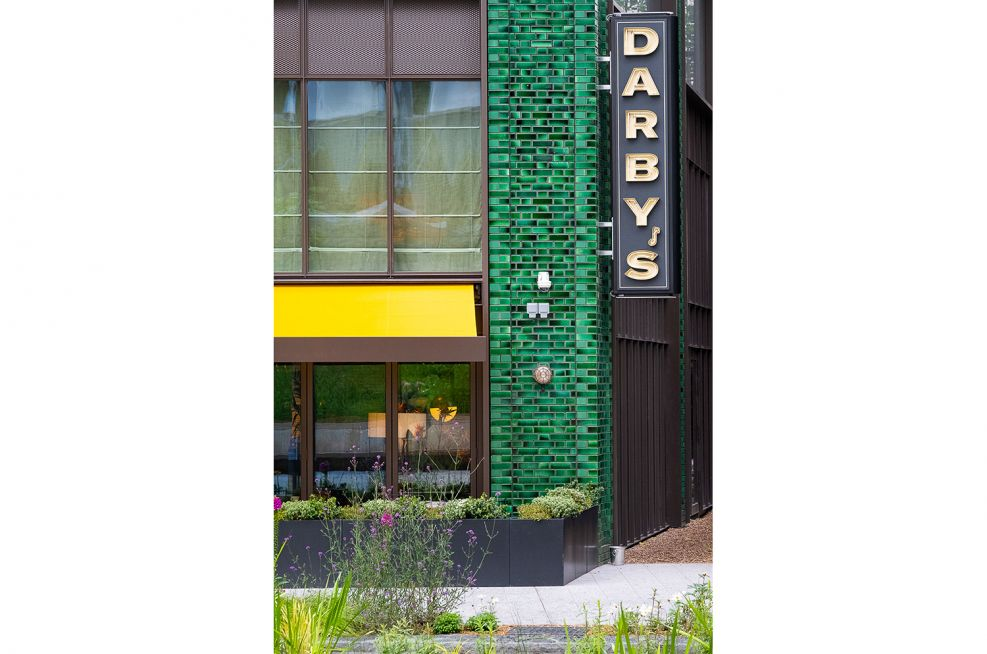 Darby's Restaurant Boundary Planters & Planting