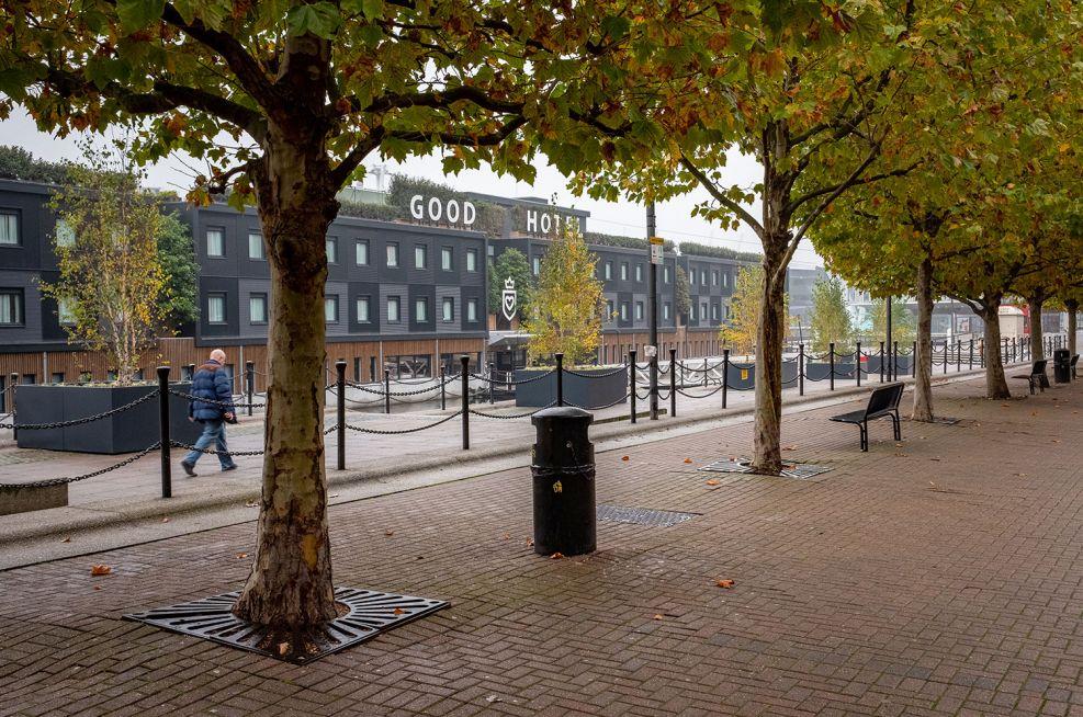 Dockside metal tree planters