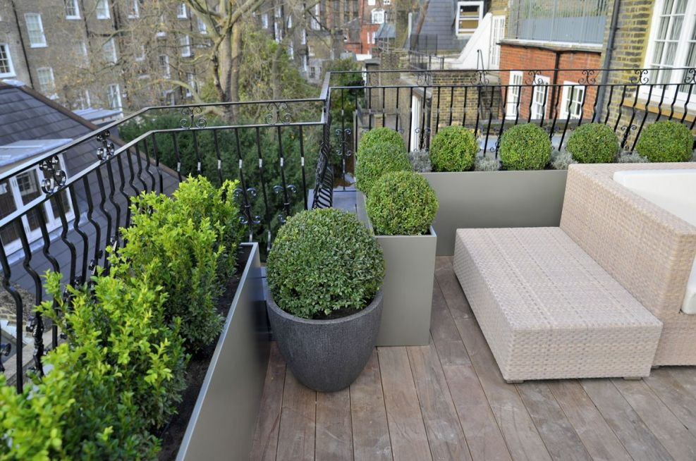 Garden Terrace Powder Coated Steel Planters in RAL 7048