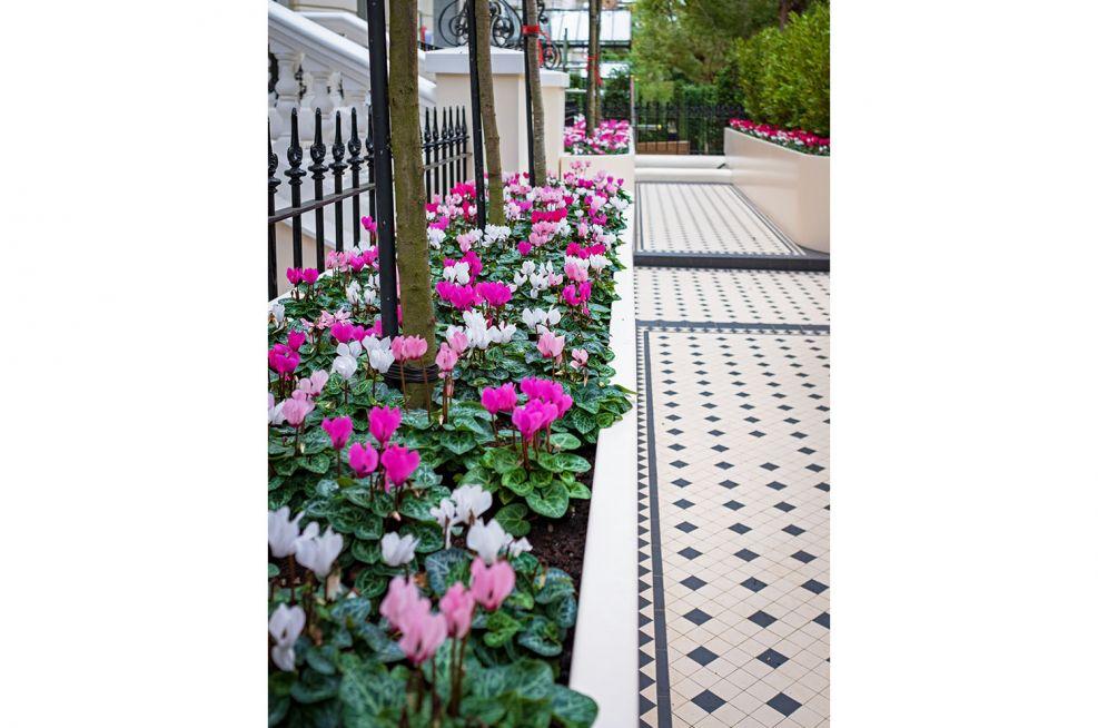 Bespoke planters for tiled garden