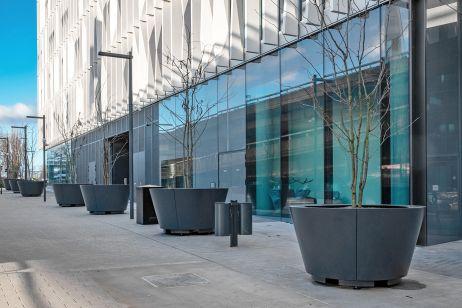 bespoke_steel_planters