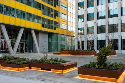 Corten_steel_planters_and-seating_for_public-realm