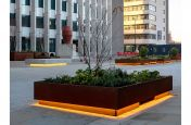Large movable planters in corten