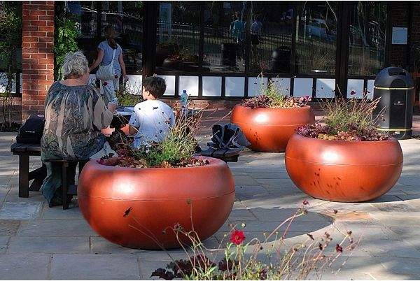 Custom Coloured Aladin Planters at Paddington Recreation Ground