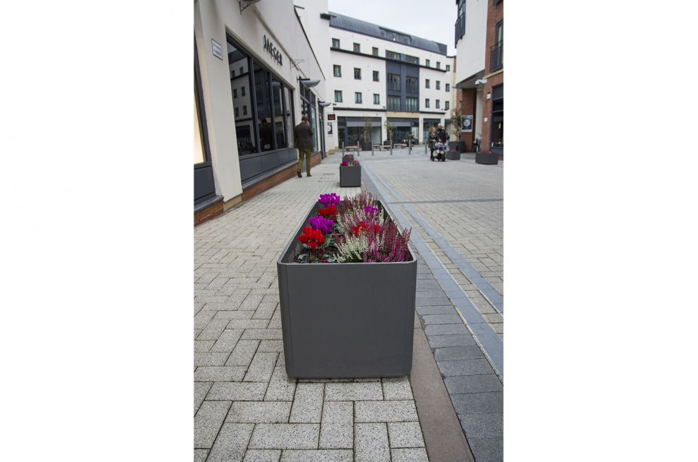 Delta 45 Trough Planters Can Hold 260 Litres