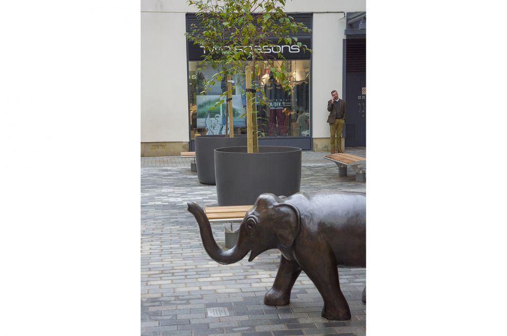 IOTA KYOTO 120 Boulevard Planters Behind Elephant Sculpture