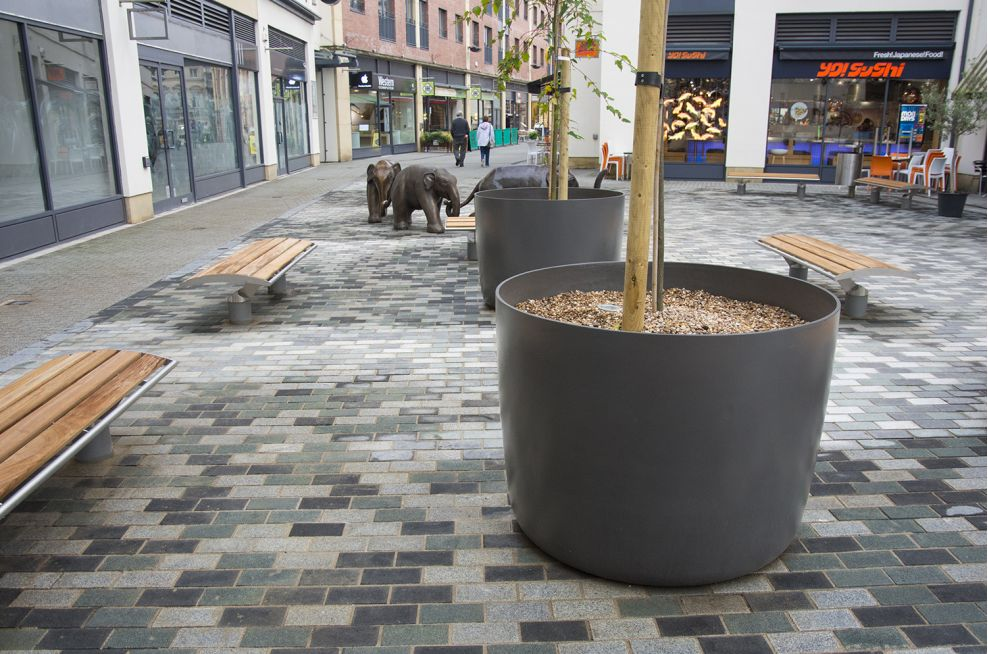 KYOTO 120 Boulevard Planters Can Hold 950 Litres