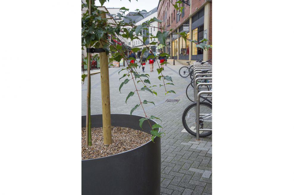 Regent Court Shopping Centre Boulevard Planters