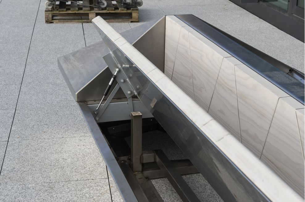 Mirror Image Designed Stainless Steel Planters