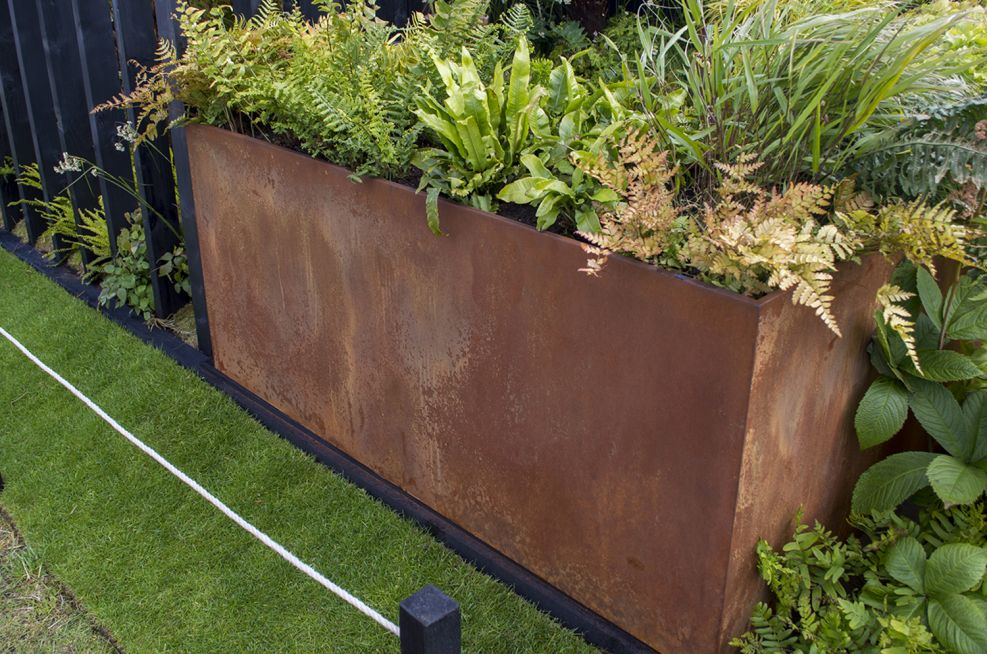 Corten Steel Rust-coloured Trough Planters