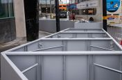 Liftable large commercial planters