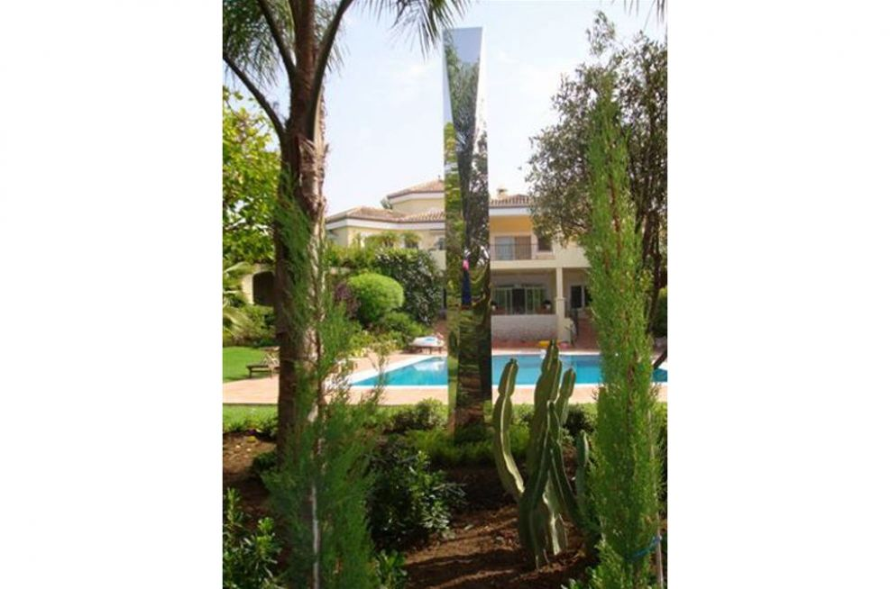 Spearhead 4000 in landscaped setting, Southern Spain