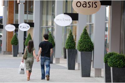 IOTA Granite Planters The Outlet' Designer Shopping Mall