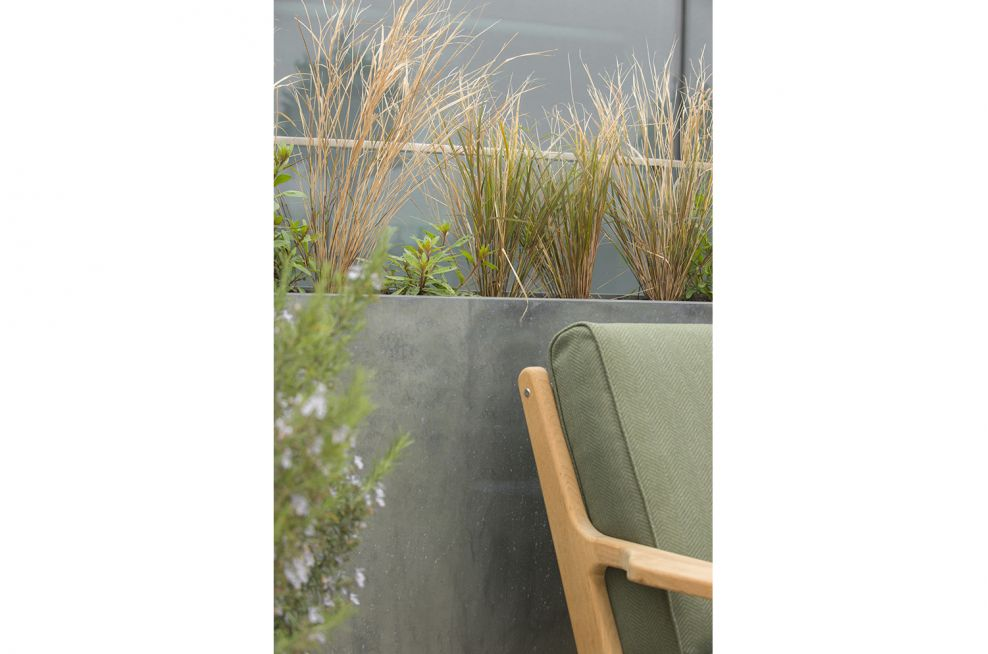 Tall Trough Planters Plated With Zinc