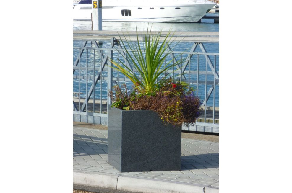 Granite 600 Planters on The Harbour