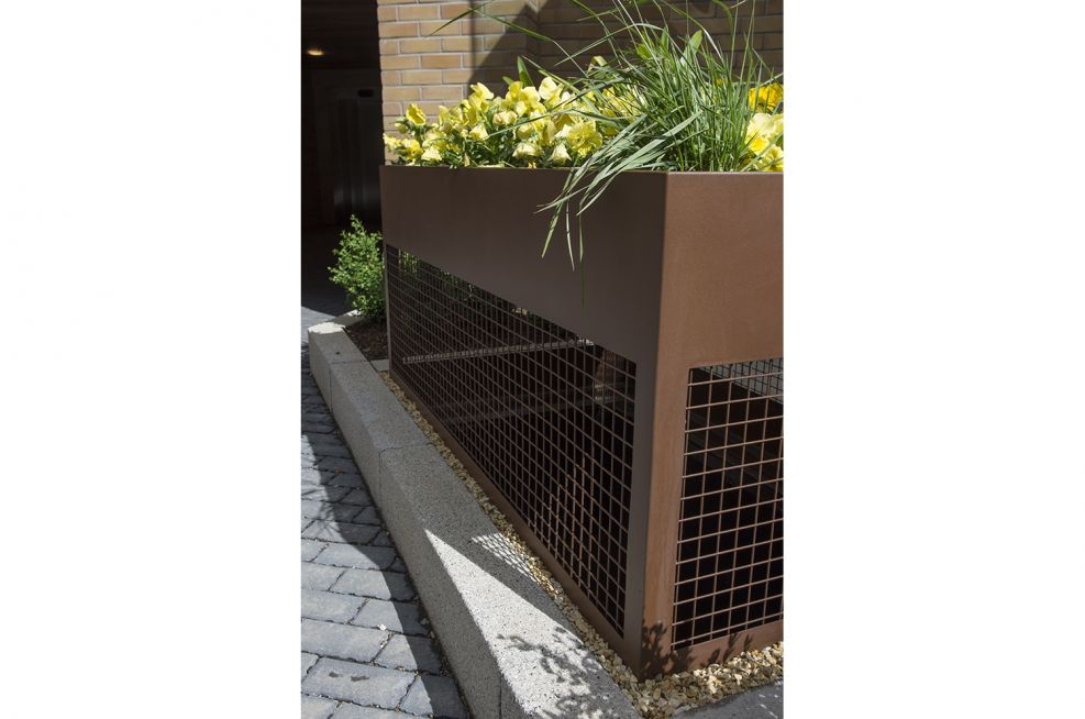 Custom Corten Steel Planter With Mesh