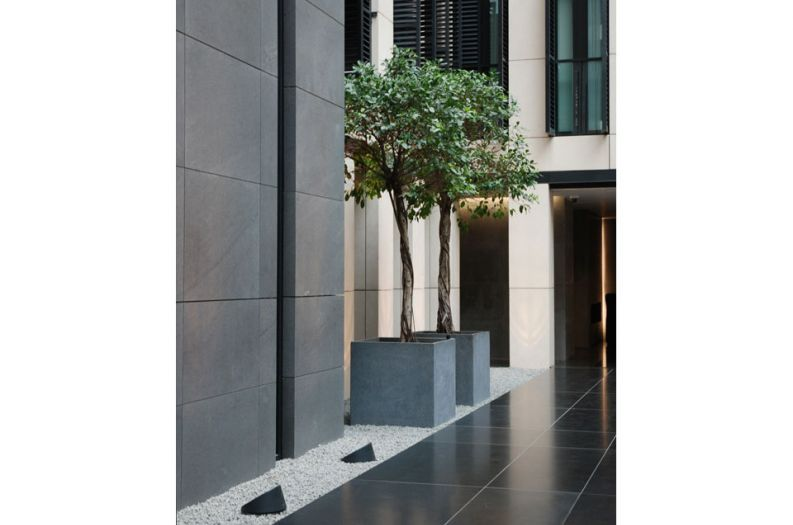 Bespoke IOTA granite planters at Grosvenor House Apartments