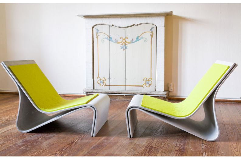 Sponeck chairs with cushions in lemon grass colour