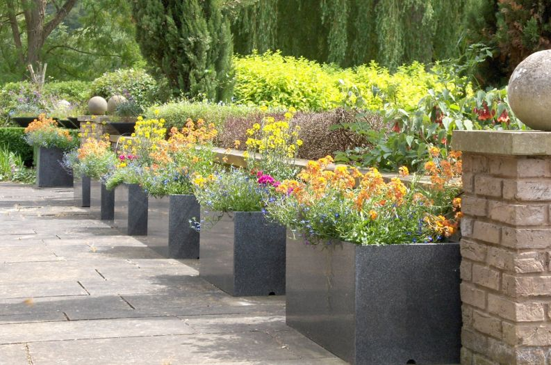 8Granite Trough 1000 planters